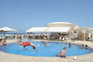pool-bar-restaurant-cyprus-pernera-protaras-polyxenia-isaak-1