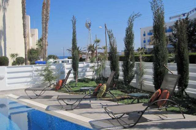 wedding restaurant cyprus pernera protaras polyxenia isaak cafeteria.jpg_0024_03